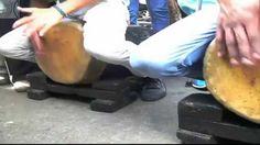 """Tambores de Tarmas en Lomas de Urdaneta - Ejecución de los Tambores Cumacos. Tambores de Tarmas, estado Vargas, en el """"XXXI encuentro de San Juan Bautista"""" organizado por Wilfredo Mendoza y Johanna Barazarte  Lugar: Lomas de Udaneta, Propatria - Distrito Capital Fecha: 11/07/2015 #Caracas #Culture #traditions #Venezuela #music #drums #folcklore ÚNETE a nuestro canal de #Youtube"""
