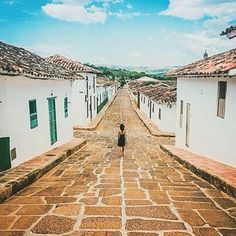 Hermoso país linda gente  REPOST >> We're halfway there guys. Stunning photograph of the #colonialcity #Barichara #Colombia by @maxkrusecreative via @matadornetwork #travel #awesome #cute #photooftheday #pocoftheday #happy #bestoftheday #igers #amazing #followme #like4like #repost #instagood #instamood #fun #follow #pretty #cool