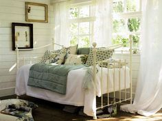 Pictures of Interior Design and Decorating Ideas from Laura Ashley - Daily Interior Design and Furniture Blog Articles and Pictures - Zimbio