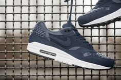 nike-air-max-1-woven-black-navy-02