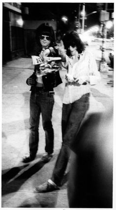 Dee Dee and Joey of the Ramones arriving at the club (1977). | 17 Awesome Photos That Captured CBGB's Iconic 1970s Punk Scene