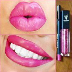 Crayon à lèvres en association avec le gloss