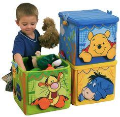 Diese tollen Winnie the Pooh Faltboxen im 3er Pack sorgen als Aufbewahrungsboxen für Ordnung im Kinderzimmer und sind dazu auch noch echte Fanartikel-Schmuckstücke!