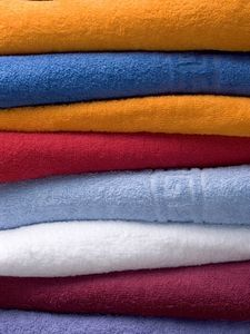How to Keep Towels Soft When Washing.Add 1/2 cup vinegar..wash on hot..then 1/2 cup baking soda..wash on hot