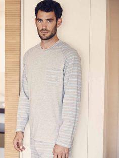 bc14237226 Pijama hombre verano con pantalón largo a rayas en tejido jacquard