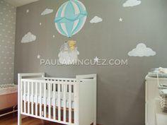 Mural infantil globo aerostático con animales. Me llamo Paula Mínguez y puedo ayudarte a decorar tu hogar o tu negocio con murales y cuadros personalizados. Cribs, Bed, Furniture, Home Decor, Home Decorations, Murals, Business, Animales, Cots