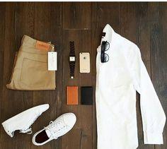 Weißes Hemd mit Chino. #style #allwhitesneaker