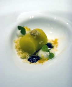 I want to try Sassafrass Cream (mandarin ice) at Alinea