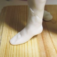 How to Sculpt  Polymer Clay Feet part 1 and you can get to 2 & 3 from here. Z