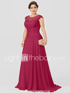 Plus size photos, plus size fashion and plus size tips Long Bridesmaid Dresses, Prom Dresses, Formal Dresses, Tunic Dresses, Plus Size Dresses, Plus Size Outfits, Mother Of Groom Dresses, Mom Dress, Wedding Dress Sleeves