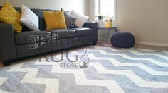 FLOOR RUG GREY OFF WHITE CHEVRON ZIG ZAG SOFT CARPET - 167 X 230 CM