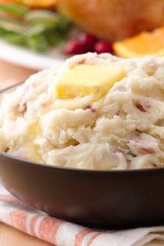 silky garlic mashed potatoes - Christmas Side Dishes Pinterest