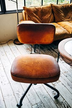 Swivel Chair by TRUCK Furniture