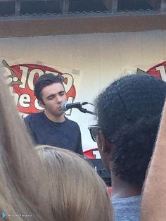 Nathan se apresentando no #SplashBash em Sacramento, nos Estados Unidos. (via @VoodooPenguins) (12 ago.)