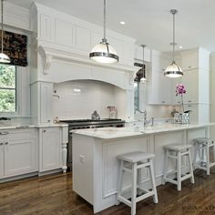 Custom kitchen cabinets, kitchen renovations, kitchen replacing in Oakville, Burlington, Mississauga are the specialty of PRASADA Kitchens & Fine Cabinetry. Custom Kitchen Cabinets, Custom Kitchens, Kitchen Cabinet Design, Painting Kitchen Cabinets, Cool Kitchens, White Kitchens, New Kitchen Designs, Kitchen Ideas, Cooking
