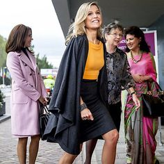 04-11-2015  Koningin Maxima bij het World Conference of Women's Shelters in het World Forum in Den Haag met Kroonprinses Mary.  Queen Maxima attend the 3rd World Conference of Women's Shelters at the World Forum in The Hague with Crownprincess Mary.  #queenmaxima #queen #netherlands #dutch #koninginmaxima #koningin #nederland #worldforum #womensshelter #worldconference #thehague #denhaag #crownprincessmary #kroonprinsesmary #maxima