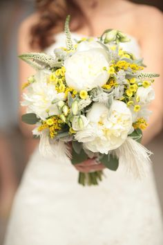 bouquet with yellow and grey and maybe add some coral poppies! =D