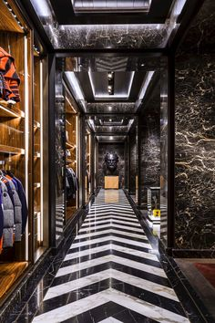 Moncler debuts American flagship in Madison Avenue with American-flag inspired pieces. H Design, Floor Design, Store Design, House Design, Luxury Store, Luxury Homes, Retail Interior Design, Media Room Design, Hallway Designs