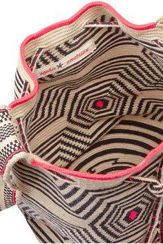 INSPIRATION : tapestry crochet bag. wayuu