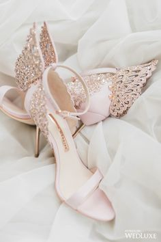 35 Wedding heels Art For Brides Ideas shoes ;wedding shoes ; Fancy Shoes, Pretty Shoes, Beautiful Shoes, Me Too Shoes, Bridal Skirts, Mode Shoes, High Heels, Shoes Heels, Wedding Heels