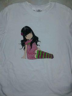 Camiseta con pinturas para tela