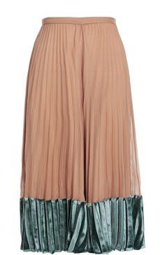 Женская розовая шелковая плиссированная юбка с бархатной отделкой Valentino, сезон FW 16/17, арт. LB3RA1Q6/0PR купить в ЦУМ   Фото №1