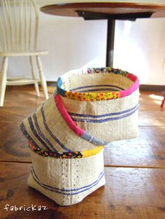 handmade*zakka | fabrickaz+idees - try using my burlap coffee bags for part of it.