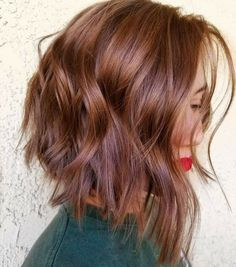 These Hair Color Trends are Going to be Everywhere in 2019 - hair - Hair Styles Creamy Blonde, Brown Blonde Hair, Red Hair Lob, Copper Blonde Hair, Blonde Honey, Hair Bangs, Dark Hair, Cool Hair Color, Short Hair Colors