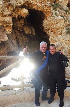 Cueva del Moraig con José Antonio Exposito , un lujo. Gracias a Kini la guapa fotógrafa