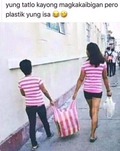 Tagalog Quotes Hugot Funny, Pinoy Quotes, Filipino Memes, Filipino Funny, Funny Signs, Funny Memes, Hilarious, Jokes, Funny Pictures With Captions