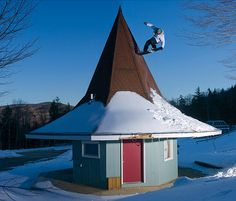 Chaz Guldemond in New Hampshire #snow #snowboard