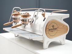Coffee Machine Design, Coffe Machine, Espresso Coffee Machine, Cappuccino Machine, Coffee Shop Design, Coffee Maker, Coffee Trailer, Small Coffee Shop, Street Coffee