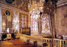 Culture Mechanism: Baroque Furniture