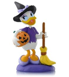Hallmark 2014 Bewitching Daisy A Year of Disney Magic Series Ornament. Bewitching Daisy is in the A Year of Disney Magic Ornament Series. Disney Christmas Ornaments, Halloween Ornaments, Halloween Items, Disney Halloween, Holidays Halloween, Halloween Fun, Halloween Decorations, Xmas Ornaments, Christmas Holiday