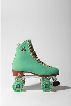 Moxi Lolly Roller Skate- love the color