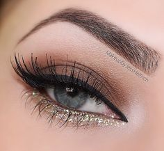 Gold eye makeup