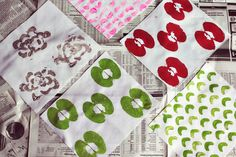 DIY wrapping paper with fruits + veggies via A Beautiful Mess Diy And Crafts, Crafts For Kids, Arts And Crafts, Kids Diy, Sewing Projects, Diy Projects, Project Ideas, Fabric Stamping, Flower Stamp
