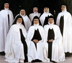 Discalced Carmelites Aravaca Madrid, The Nun's Story, Catholic Orders, Daughters Of Charity, Nuns Habits, Trinidad, Bride Of Christ, World Religions, Great Women