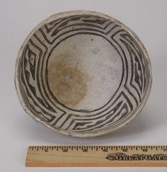 Mimbres pottery bowl, circa 1050 AD : Lot 94