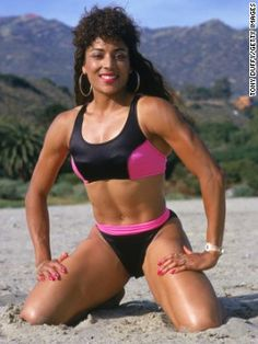 Olympic runner Florence Griffith Joyner was known for her flashy running outfits, which reflected the sporty influence on bathing suit fashion of the late Flo Jo, Olympic Runners, Vintage Black Glamour, Beautiful Athletes, Fit Black Women, Black Fitness, Gym Fitness, Vintage Swimsuits, My Black Is Beautiful