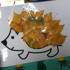 {DIY} Our fall hedgehog in autumn leaves – More mothers – Artisanatentissu Fall Crafts For Kids, Diy For Kids, Autumn Art, Autumn Leaves, Family Child Care, Diy Games, Autumn Activities, Museum Of Modern Art, Halloween 2018