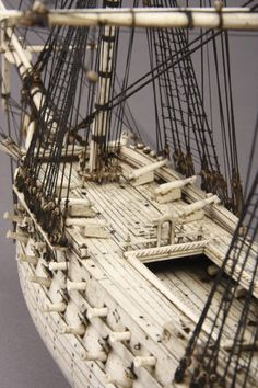 Napoleonic Prisoner of War Bone Model of a 78 Gun Ship (Anglo French) Wooden Model Boats, Wooden Boats, Model Sailing Ships, Model Ships, Model Ship Building, Boat Building, Pirate Boats, Ship Of The Line, Model Hobbies