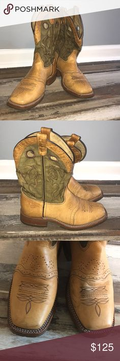 Mens Double-H Boots 👢👢 Men's genuine leather boots by Double-H. Oil resistant boots. Very durable with rubber soles. Slight scuffing on inside of toe. In excellent condition. 👌🏽 Double-H Shoes Cowboy & Western Boots