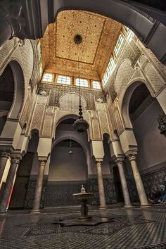 Mausoleum in Marakesh, Morocco. Islamic Architecture, Classical Architecture, Art And Architecture, Architecture Details, Islamic World, Islamic Art, Style Marocain, Moroccan Interiors, Moroccan Style