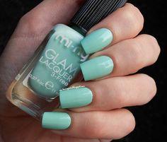 mi-ny cosmetics Klimt nail polish