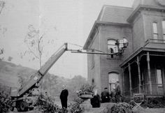 behind the scene shooting #Psycho, 1960, with Alfred Hitchcock. #BatesMotel