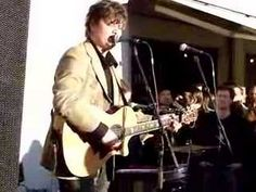 Seem to Recall is my favourite Ron Sexsmith song.