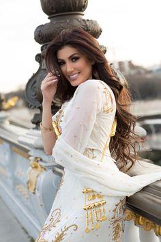 Kurdish singer Helan Abdulah( Helly luv )