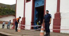 Matriz tem entrada interditada e casa desaba com chuva em Sabará
