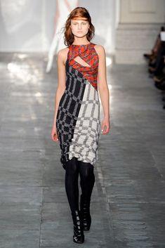 Peter Pilotto Fall 2011 Ready-to-Wear Fashion Show - Hanna Samokhina